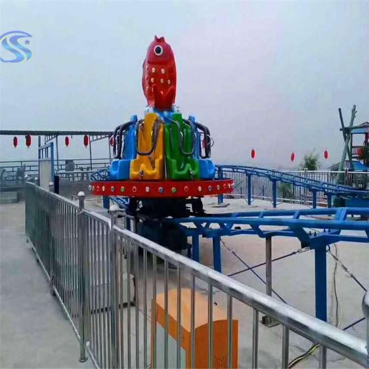 新型游乐场设备冲浪旋艇人荥阳游乐设备厂家定制产品