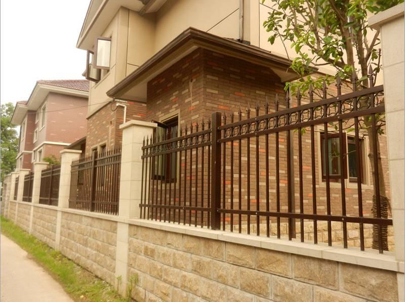 围墙栅栏、增城景区焊接隔离栅、穿插护栏 从化项目部专用隔离网