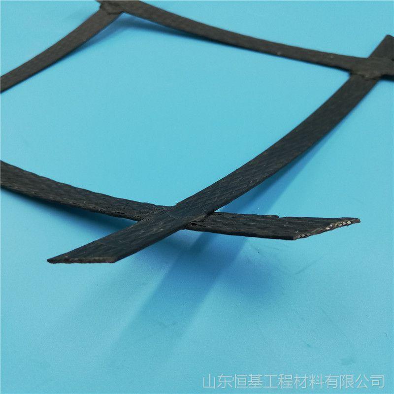 产地货源双向钢塑格栅国标80kn强度高蠕变小钢塑复合土工格栅山东厂家