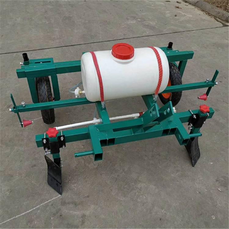 农用手扶拖拉机覆膜机 牵引式喷药扣膜机 圣鲁农用盖膜机