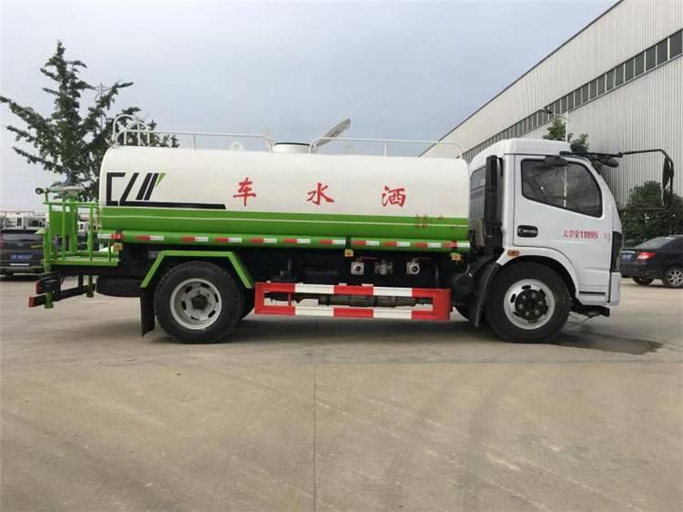 5吨绿化洒水车价格_多功能绿化洒水车
