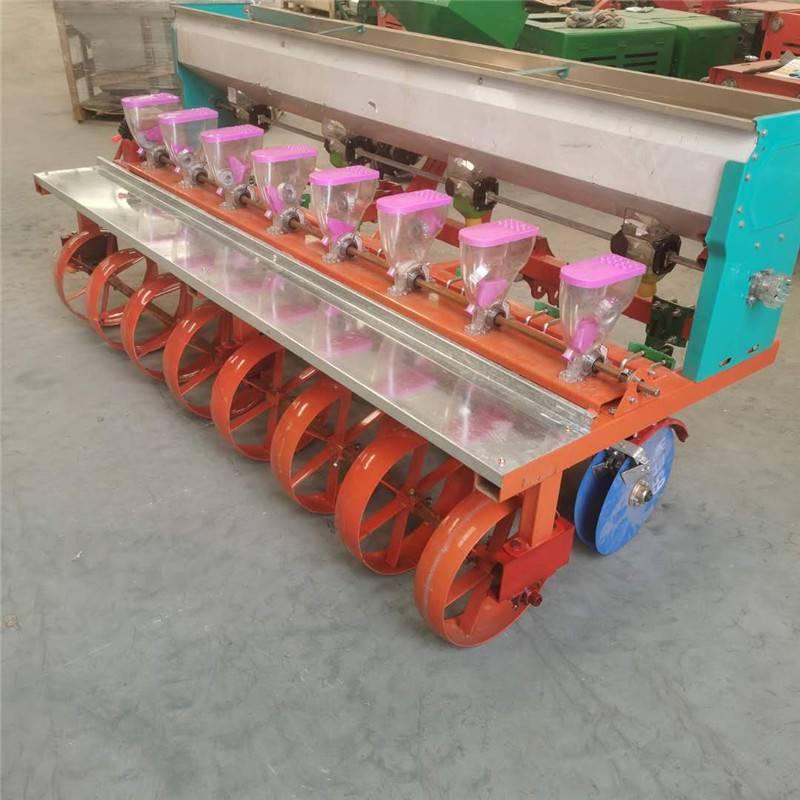 新型蔬菜精播机 启航牌拖拉机带的谷子播种机 一次一粒芝麻精播机