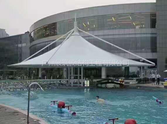 梅州市大埔县膜结构遮阳棚厂家功能作用张拉膜具有遮阳、挡雨、实用、美观的作用