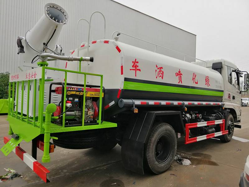 随州洒水车改装厂家,二手洒水车多少钱,道路洒水车视频播放