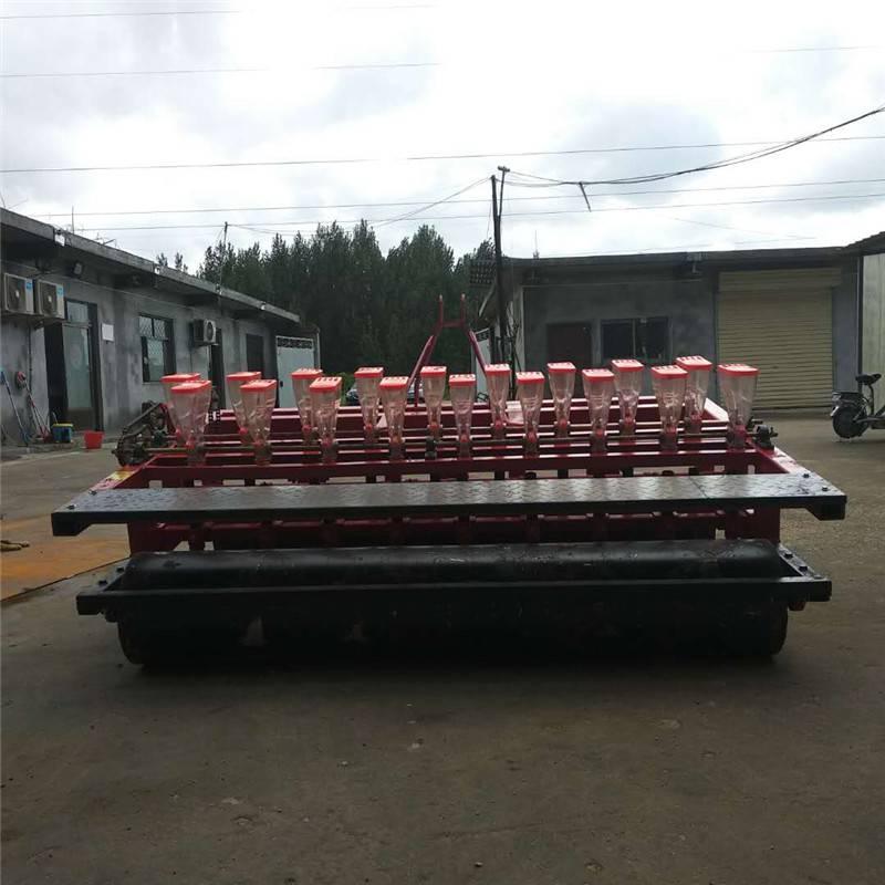 启航免人工间苗的藜麦精播机 省种子的娃娃菜播种机 手推胡萝卜条播机厂家