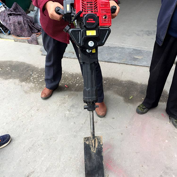 大马力铲头式起树机 新款多用途挖树机 苗木移植挖树机厂家