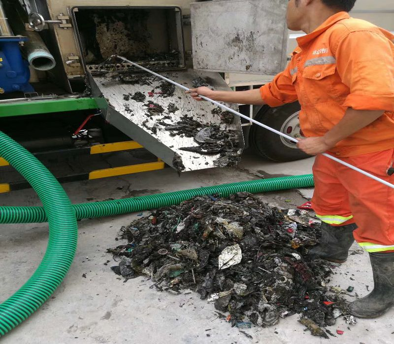 吸污净化车处理垃圾分离视频