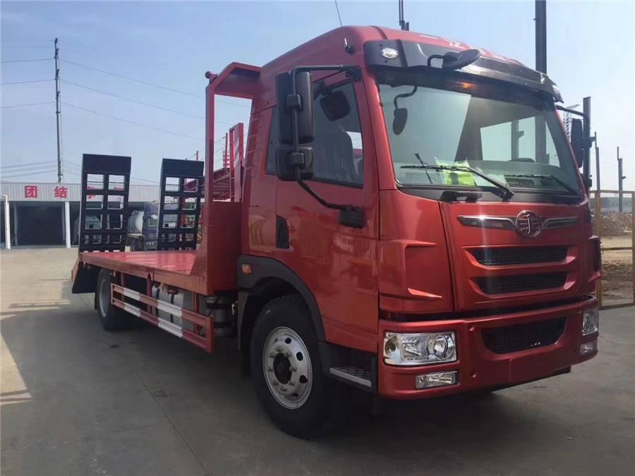 国五平板运输车8-40吨拖挖机平板车厂家价格