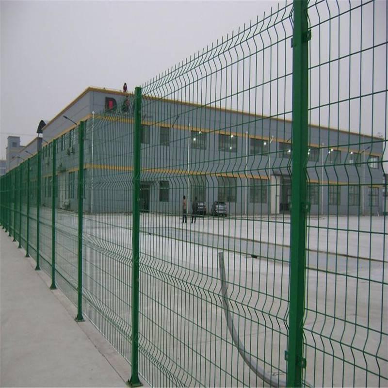 绿色双边丝护栏网 美观场地围栏 工厂隔离栅