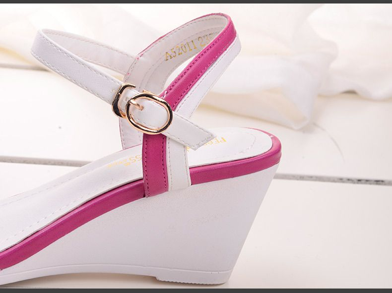 2015春夏新款女鞋欧美时尚坡跟中跟鱼嘴波板糖500图片