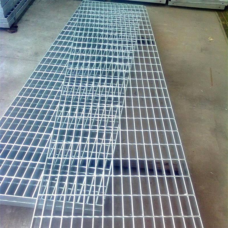 齿形压焊钢格板 不锈钢水沟盖板规格 镀锌格栅楼梯踏步板