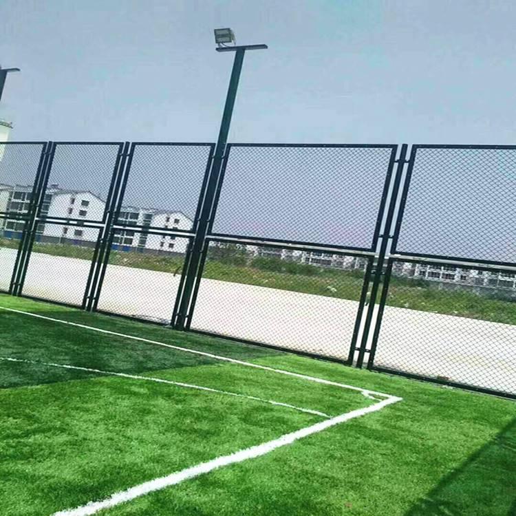 厦门高尔夫球场围网厂家销售 《国帆丝网》笼式足球场围网