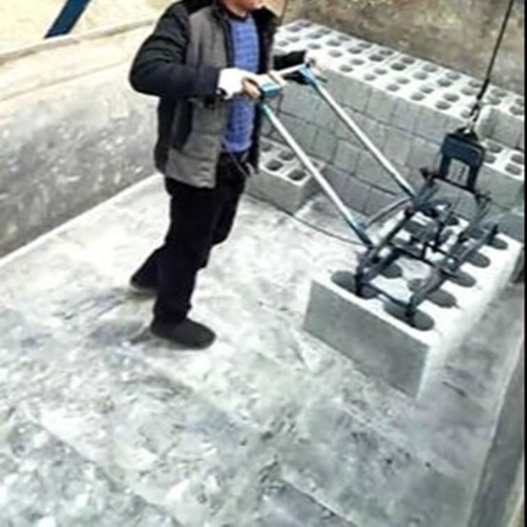 空心砖电动夹砖机设备价格