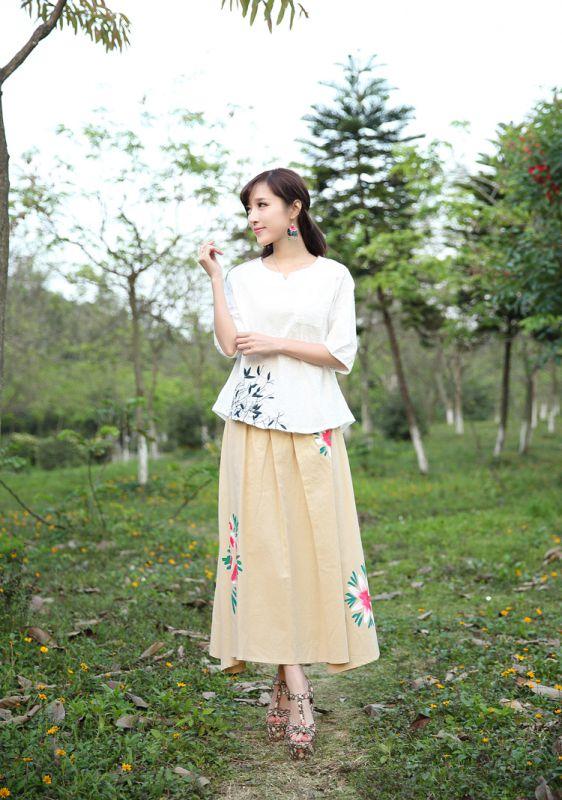 2015春夏森系女装夏季新款文艺亚麻休闲上衣中袖绣花衬衫图片