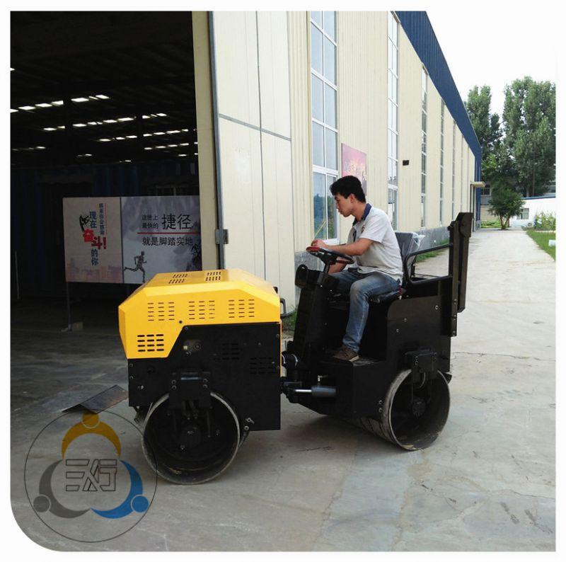 两吨压路机价格 小型振动压路机品牌 信得过的三人行机械设备