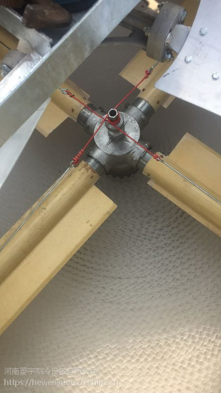 河南菱宇方形横流式LRT-100T普通型冷却塔维修