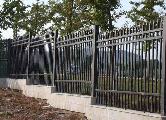 深圳市政工程护栏板 佛山港式护栏直销 广州文明交通防眩隔离栏订做