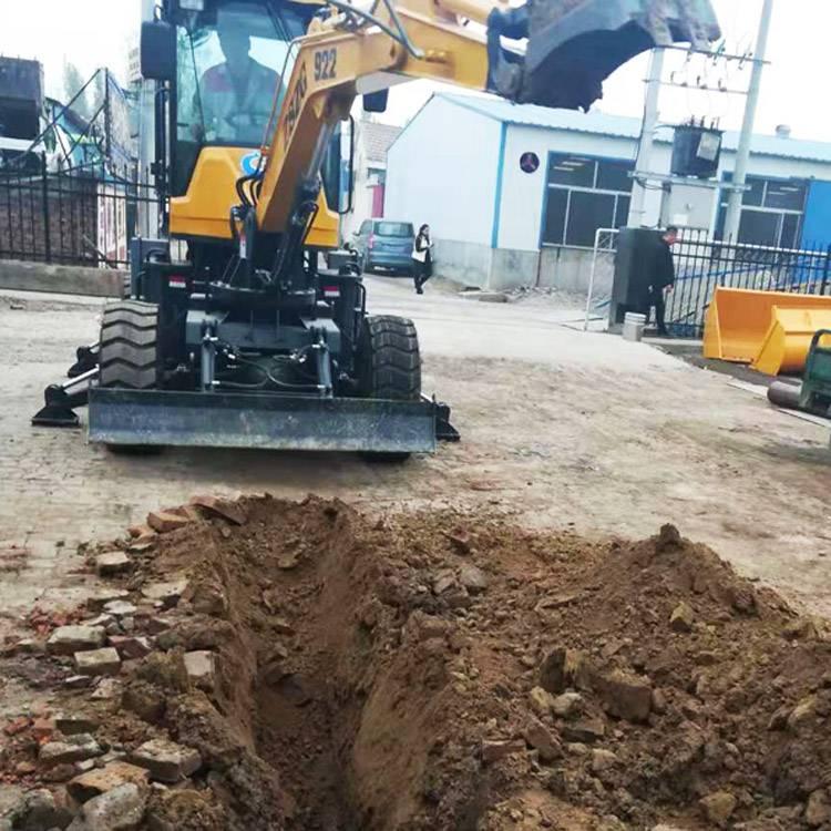 小型挖沟渠轮式挖掘机山东厂家直销电话18315814018L