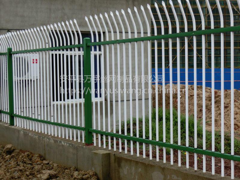 交通隔离护栏喷塑19*40 厂区防护围墙网 小区防盗安全隔离栏 厂家供应