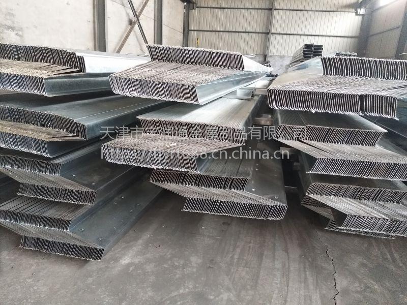 钢结构屋面镀锌Z型钢120*60*20*2.0