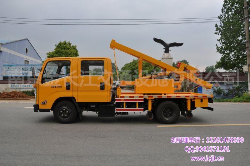 路鑫牌NJJ5062TQX5型护栏抢修车 公路护栏打拔桩机 桩工机械