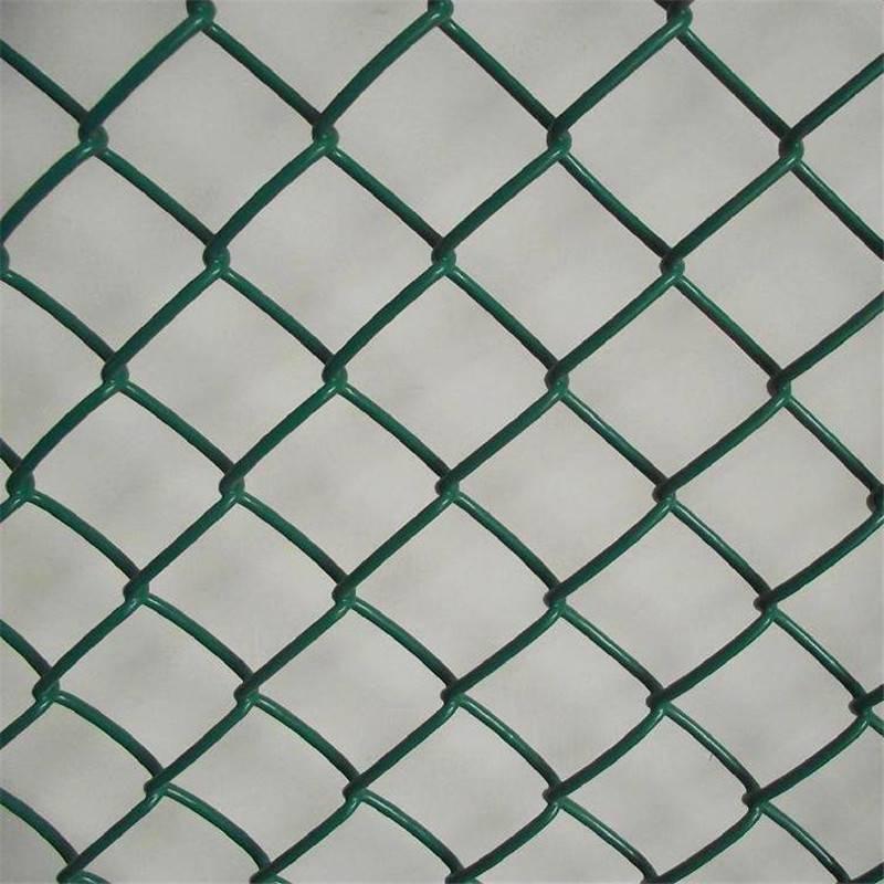 体育场围网厂家 学校运动场护栏 篮球场围栏价格