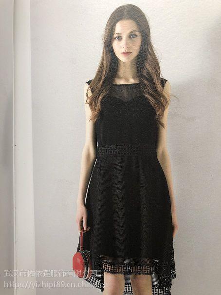 新华集贸中心市场品牌折扣女装走份连衣裙冬品牌折扣慕拉欧美连衣裙