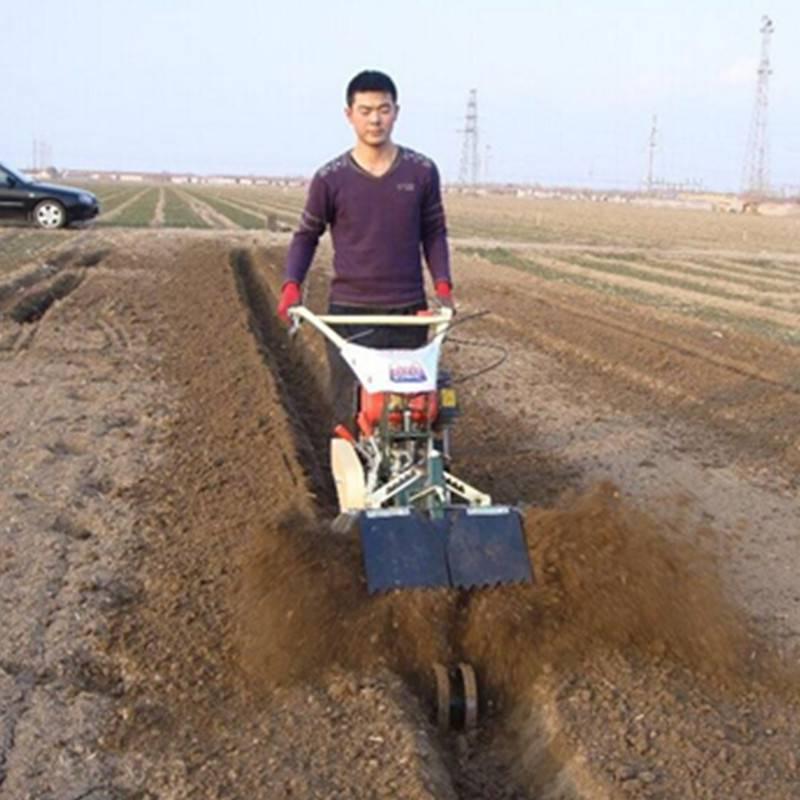 多功能果园施有机肥开沟机 启航大棚草莓起垄机 甘蔗培土机哪里有卖