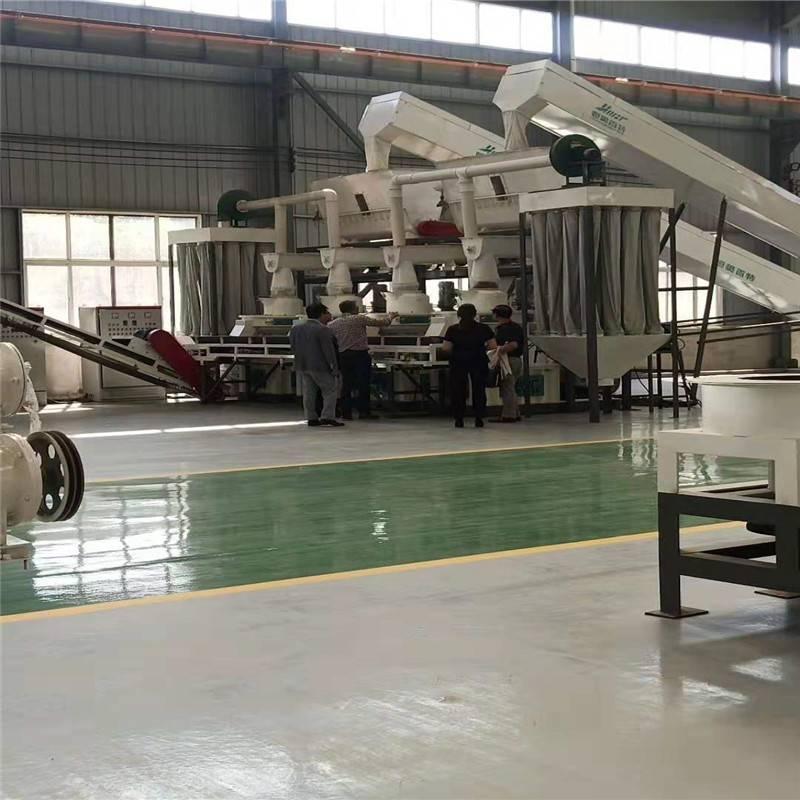 山东恒美百特立式环模锯末颗粒机和其它颗粒机厂家机器的区别
