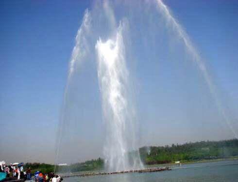 网红爆款呐喊喷泉生产定制 山东济宁蓝洞厂家