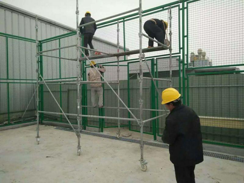 体育场球场围栏施工现场