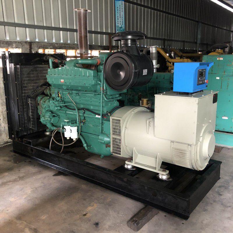 出售一台八成新工厂闲置二手300kw康明斯柴油发电机组