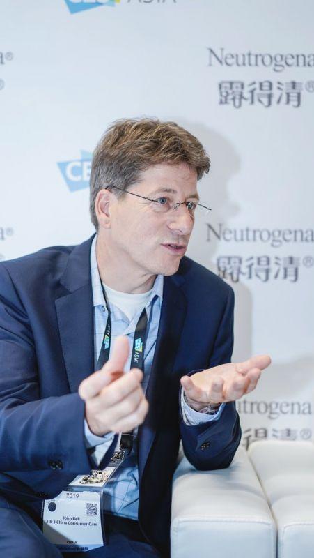 强生对外创新和新生意模式副总裁John Bell