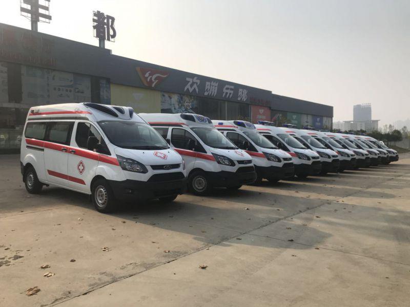 10台福特新全顺V362中轴中顶救护车发往新疆!