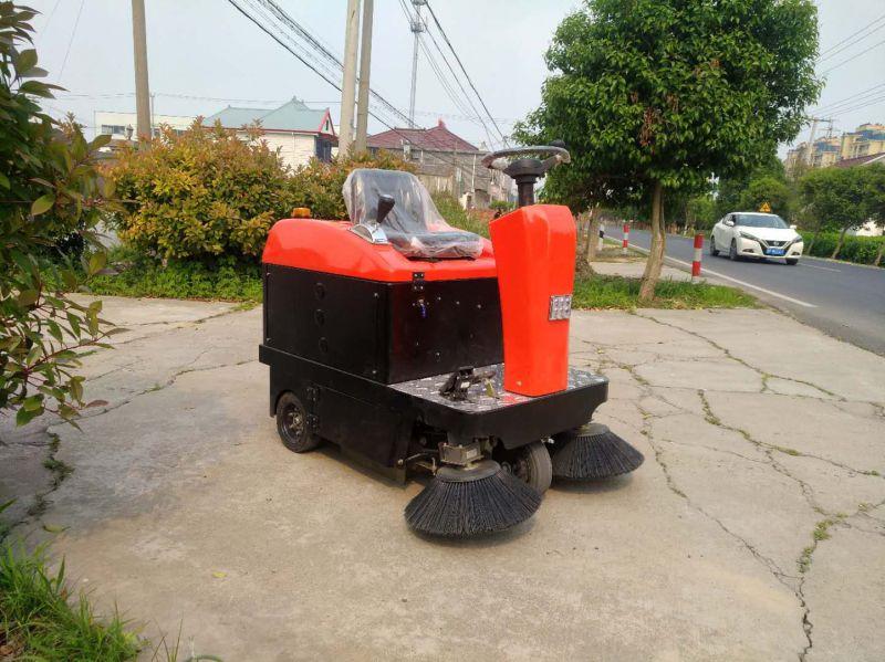 梅尔博格驾驶式多功能扫地机扫地车