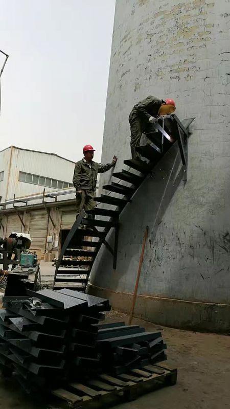 http://himg.china.cn/0/5_172_1380092_450_800.jpg