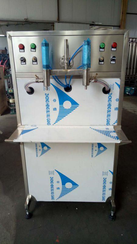 半自动食用油灌装机、活塞式灌装设备、粘稠液体灌装机