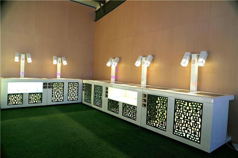 酒店发光移动布菲台定制 烤漆自助餐台设备定制自助取餐台效果图