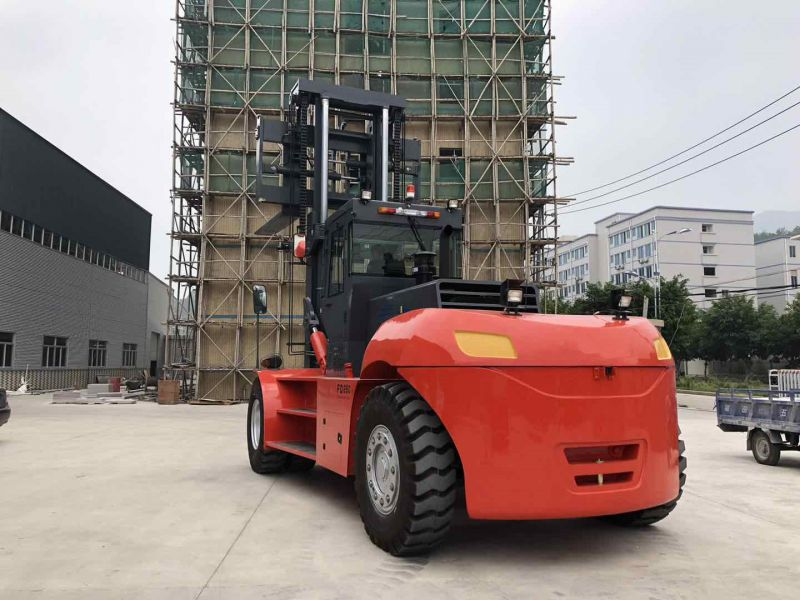 25吨重型叉车28吨30吨柴油叉车FD250作业视频实拍