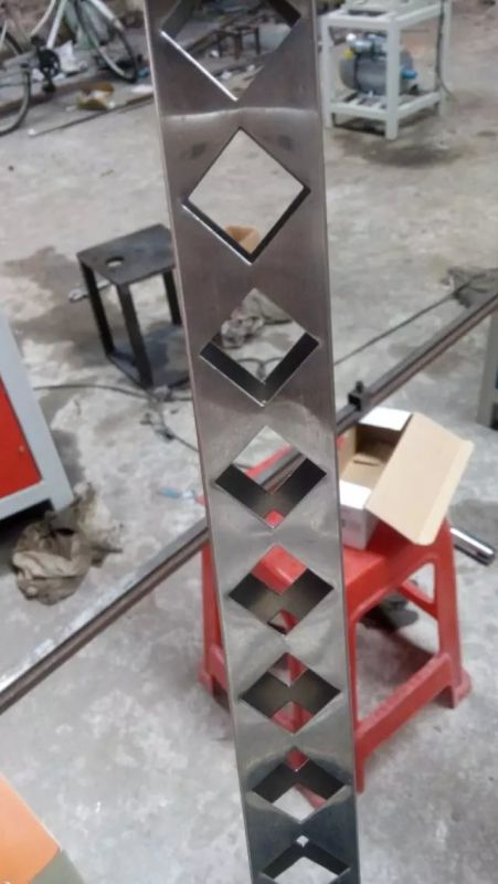 供应不锈钢冲孔机液压冲孔机钻孔机锌钢护栏冲孔机