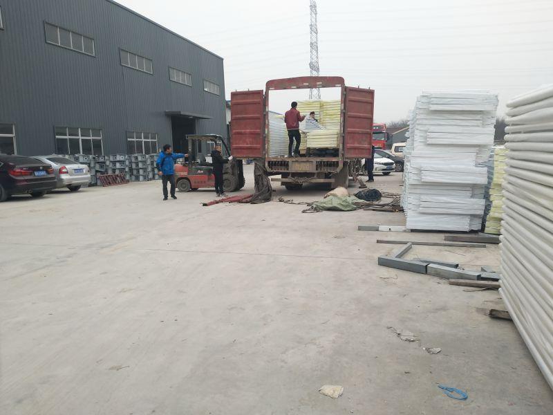 北京城市道路护栏,M型京式护栏的生产厂家!