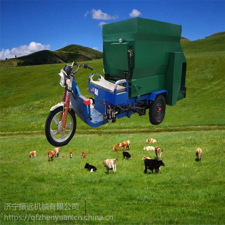 成品粮抛洒撒料车 可双侧出料羊场喂料车