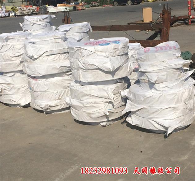 http://himg.china.cn/0/5_22_1004237_630_585.jpg