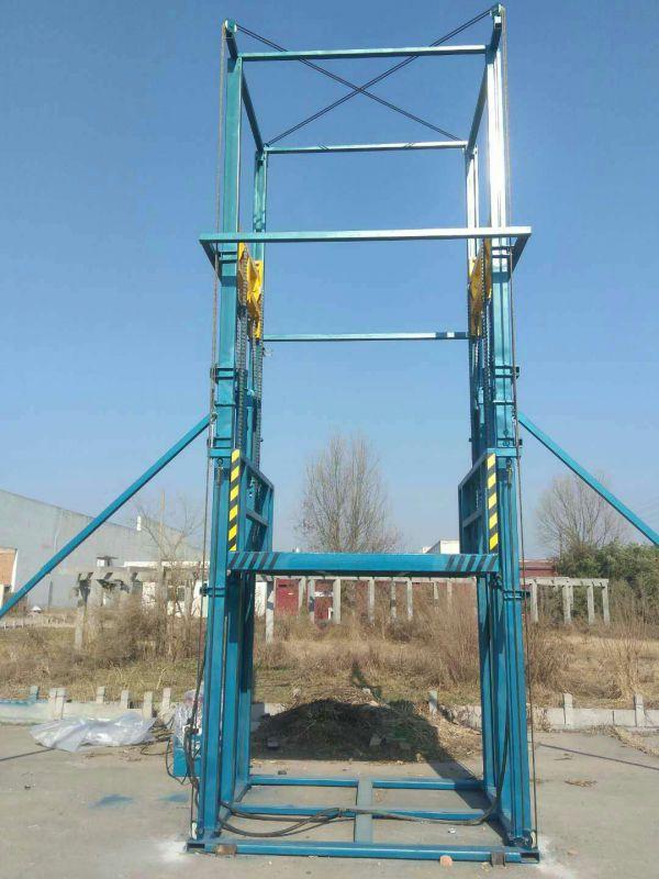 江苏C型钢导轨升降机安装完工
