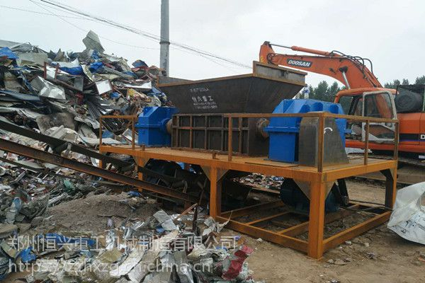 塑料网袋撕碎机、一台渔网撕碎机价格、浙江撕碎机厂家标价
