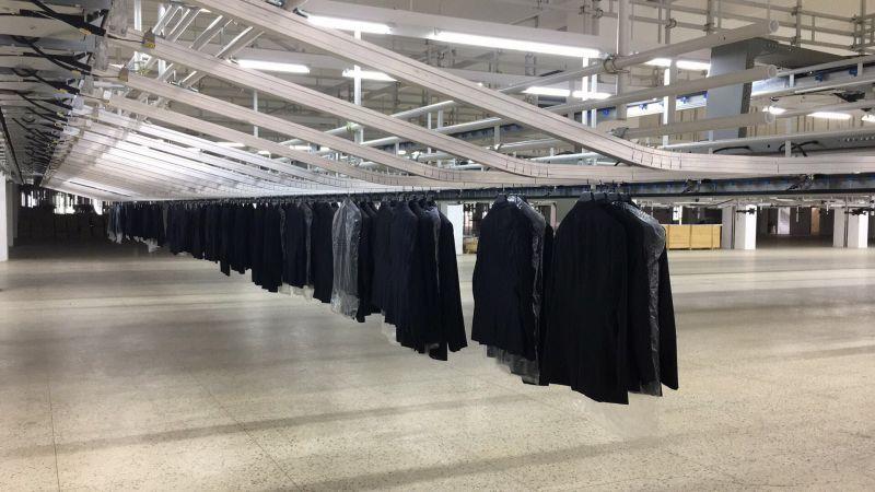 智能工厂服装行业_成衣智能分拣系统