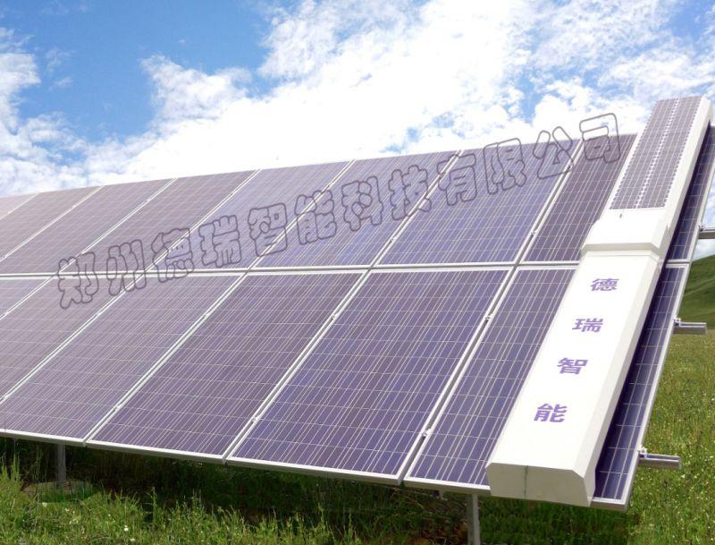 太阳能光伏板脏了清洗视频,这清洗工具是真方便