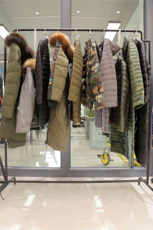 武汉高端澳毛羊绒大衣女装尾货走份 宝莱国际羊绒大衣女装品牌折扣批发