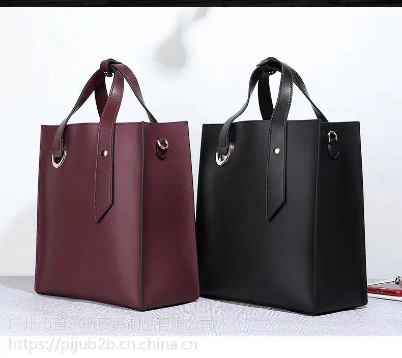 现货包包女2018欧美新款时尚百搭真皮水桶包简约大容量子母袋手提斜挎包