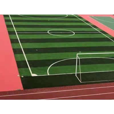 epdm塑胶跑道施工_深圳幼儿园场地EPDM施工_幼儿园悬浮地板安装_人造草坪铺设_PVC运动地板